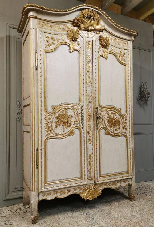 armoire doree antiquites andelle 1